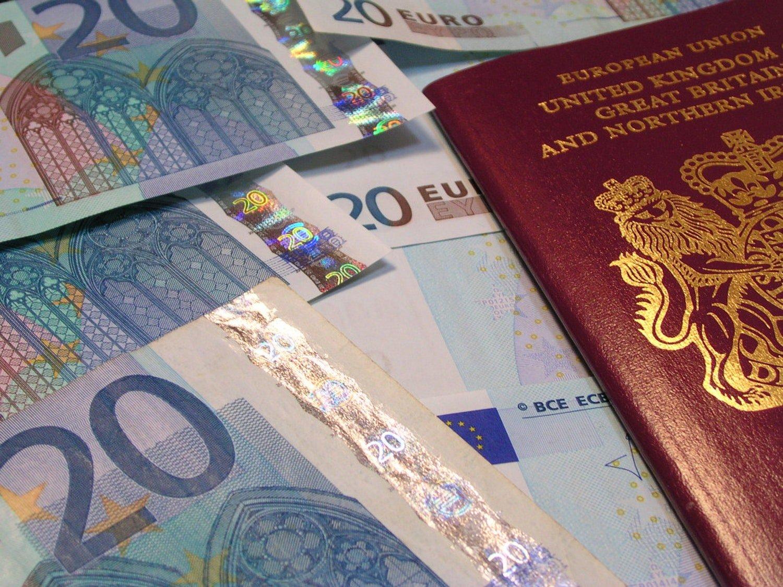 На каких условиях выдают инвестиционную визу в разных странах